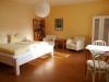 Zimmer-in-der-Ferienwohnung